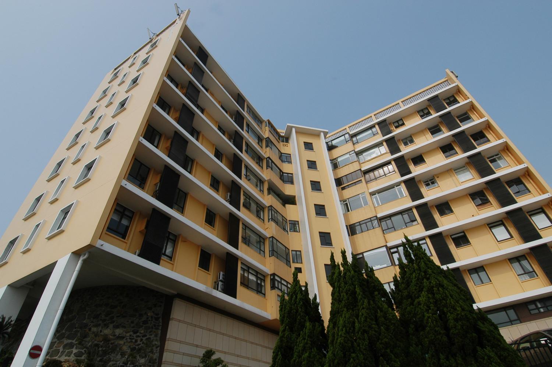 JS - Aluminium Windows in Hong Kong 香港優質鋁窗公司 – Aliplast - Eredine Mount 七重天大廈