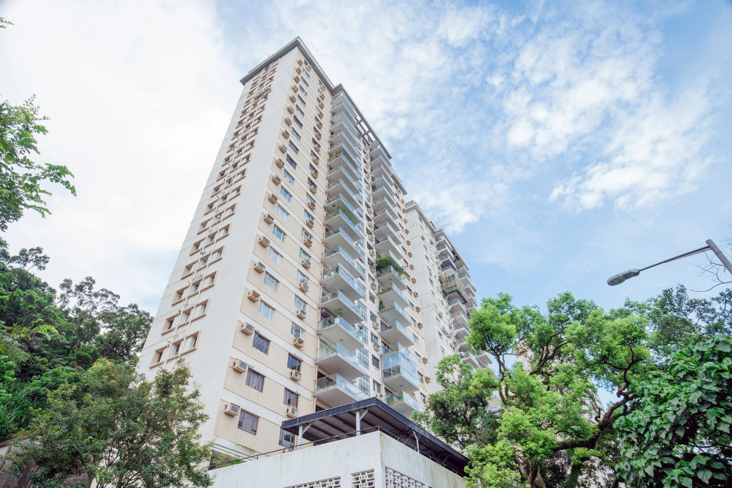 JS - Aluminium Windows in Hong Kong 香港優質鋁窗公司 – Aliplast - Po Shan Mansion寶城大廈