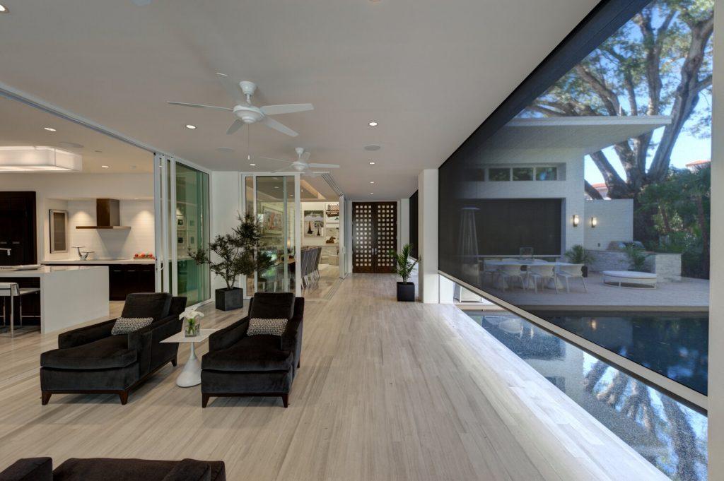 JS - Aluminium Windows in Hong Kong 香港優質鋁窗公司 - Phantom Screens Mosquito Net Installation 防蟲網窗紗